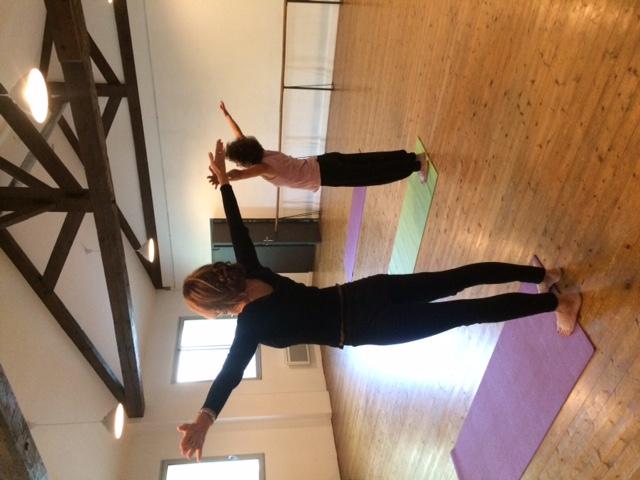 équilibre étirements Yoga